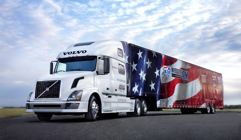 Industria de transport in America, un business de 800 de miliarde de dolari Sursa foto: Trucking.org